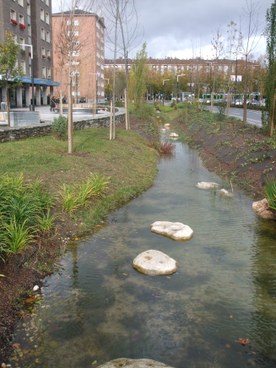River stream in Gasteiz Avenue