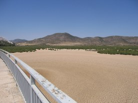 Val De Infierno dam during a drought event